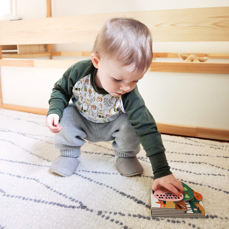 Sustainable clothing for babies - organic cotton top, secondhand pants, eco-friendly cork shoes
